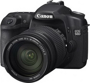 CANON EOS 50D + объектив EF 18-200 IS